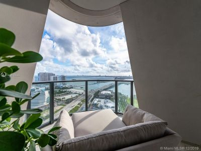 1000 Biscayne Blvd #3202 photo09