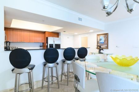 16699 Collins Ave #3905 photo07