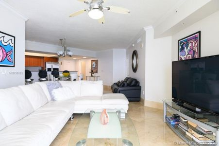 16699 Collins Ave #3905 photo09