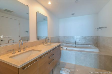 17001 Collins Ave #1207 photo06