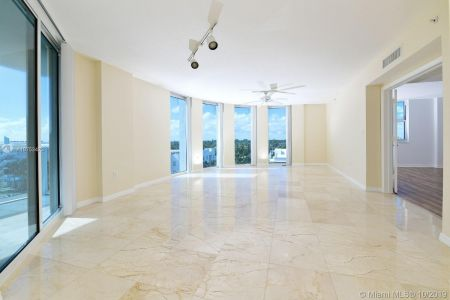 9201 Collins Ave #622 photo06
