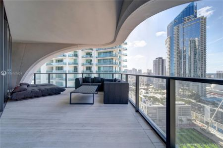 1000 Biscayne Blvd #2501 photo073