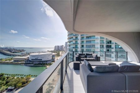 1000 Biscayne Blvd #2501 photo074