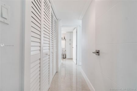 5900 Collins Ave #1201 photo024