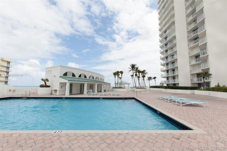 16485 Collins Ave #938 photo060