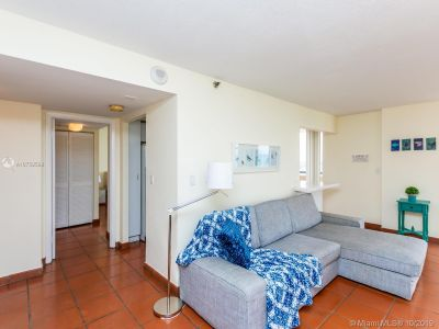 2555 Collins Ave #2200 photo018