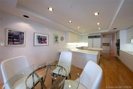 9999 Collins Ave #8A photo05