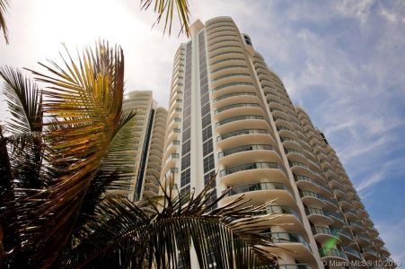 18683 Collins Ave #2009 photo011