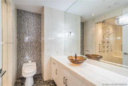 17749 Collins Ave #501 photo024