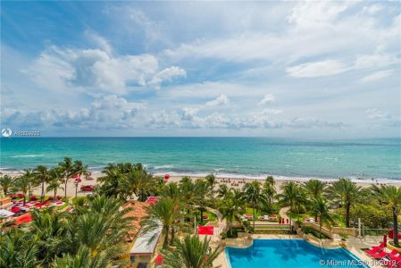 17749 Collins Ave #501 photo09