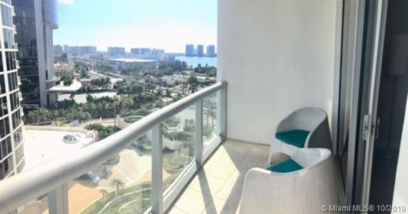 18683 Collins Ave #1109 photo07
