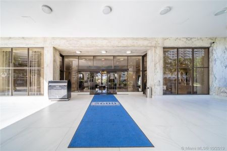 5600 Collins Ave #10R photo012