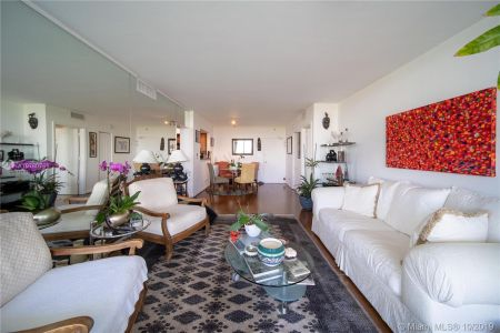 5600 Collins Ave #10R photo019