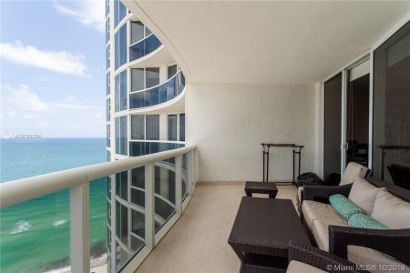 Ocean four #2407 - 17201 Collins Ave #2407, Sunny Isles Beach, FL 33160