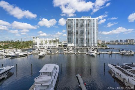 17301 Biscayne Blvd #2107 photo015
