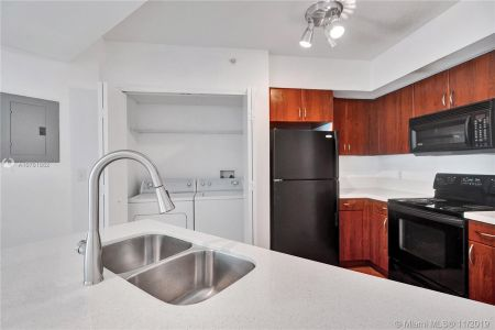 9201 Collins Ave #324 photo04