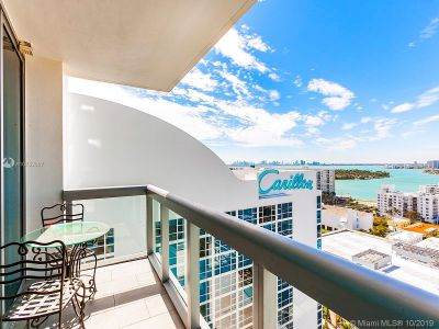 6899 Collins Ave #1809 photo04