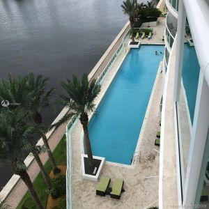 Hamptons South #703 - 20201 E Country Club Dr #703, Aventura, FL 33180