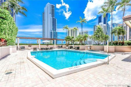 King David #601 - 17555 Atlantic Blvd #601, Sunny Isles Beach, FL 33160