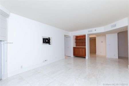 16485 Collins Ave #434 photo013