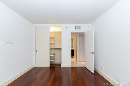 16485 Collins Ave #434 photo032