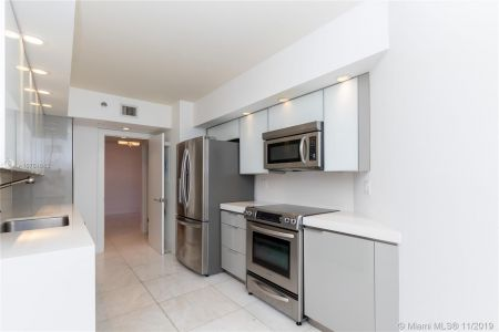 16485 Collins Ave #434 photo04