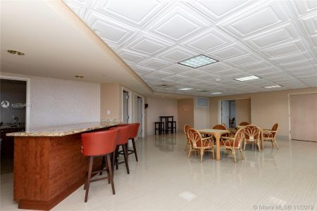16485 Collins Ave #434 photo054