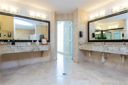 16485 Collins Ave #434 photo069