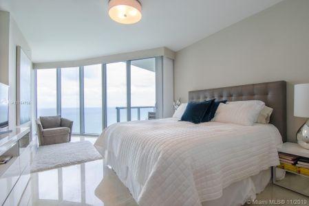 Jade Beach #3804 - 17001 Collins Ave #3804, Sunny Isles Beach, FL 33160