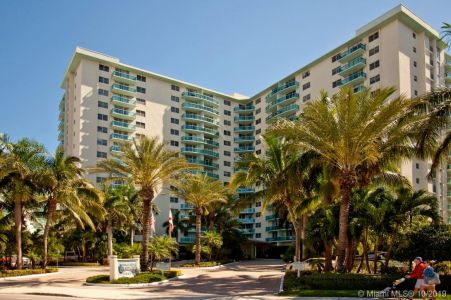 Tides, South Tower #10V - 3901 S Ocean Dr #10V, Hollywood, FL 33019