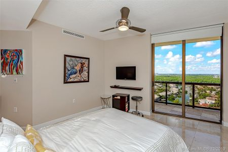 16275 Collins Ave #2304 photo024