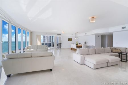 18911 Collins Ave #801 photo04