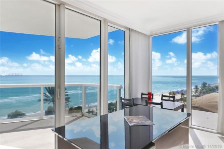 18911 Collins Ave #801 photo05