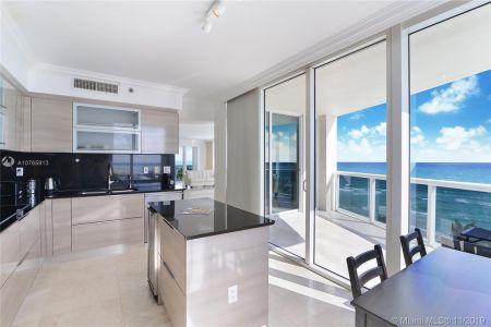 18911 Collins Ave #801 photo06