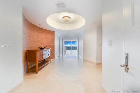 18911 Collins Ave #801 photo09