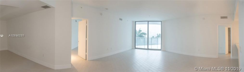 17301 Biscayne Blvd #408 photo04