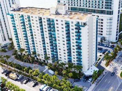 Sian Ocean Residences #2R - 4001 S Ocean Dr #2R, Hollywood, FL 33019
