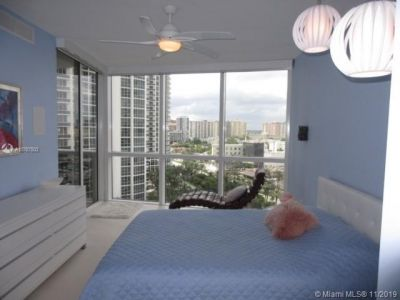 18201 Collins Ave #1405 photo05