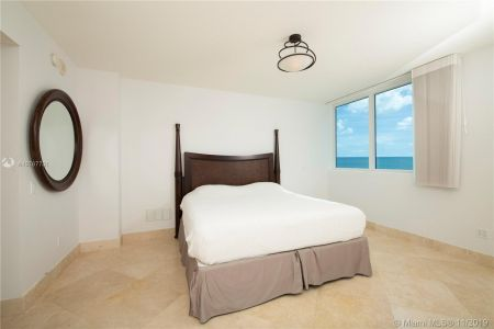 3801 Collins Ave #901 photo011