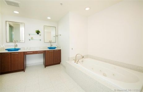 3801 Collins Ave #901 photo016