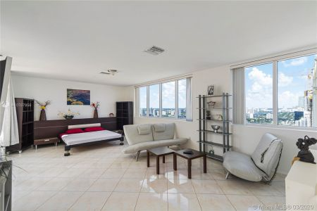 17555 Collins Ave #TS-2 photo023