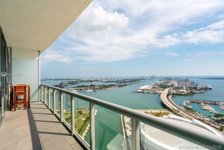 888 Biscayne Blvd #4606 photo01