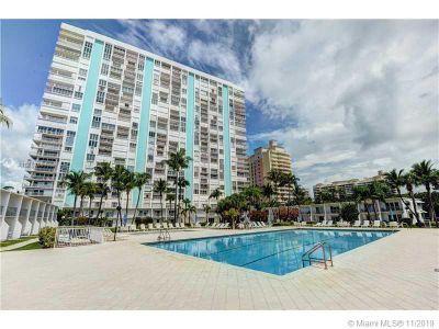 Casa del Mar #18G - 881 Ocean Dr #18G, Key Biscayne, FL 33149