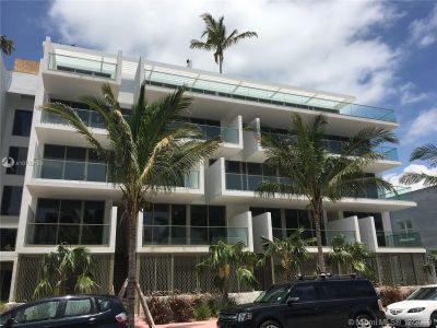 300 Collins Ave #3C photo01