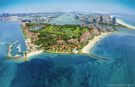 6893 Fisher Island Dr #6893 photo035