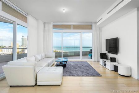 3315 Collins Ave #9C photo08