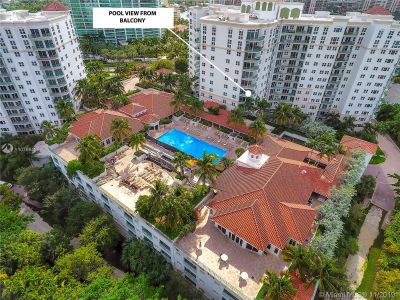 Turnberry Village South Tower #810 - 19900 E Country Club #810, Aventura, FL 33180