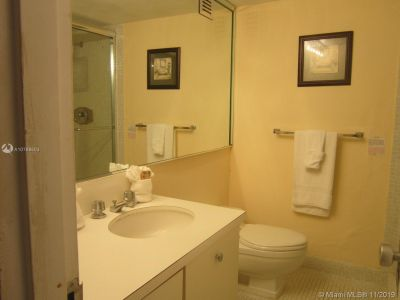 5225 Collins Ave #1516 photo015