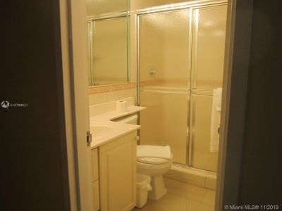 5225 Collins Ave #1518 photo016