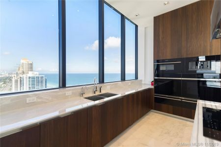 17141 Collins Ave #3602 photo05
